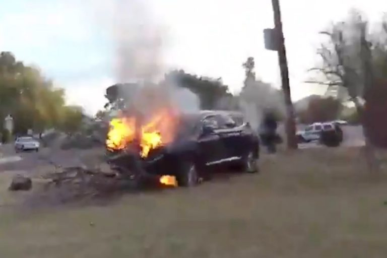 Bodycam video shows Phoenix cops rescue man from burning car
